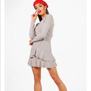 Boohoo Knot Front Ruffle Trim Dress